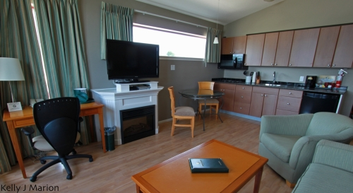 Harrison Beach Hotel suite