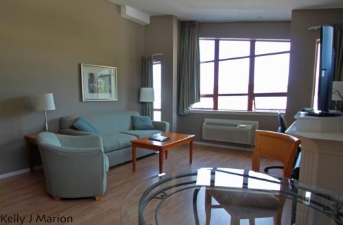 Harrison Beach Hotel living room