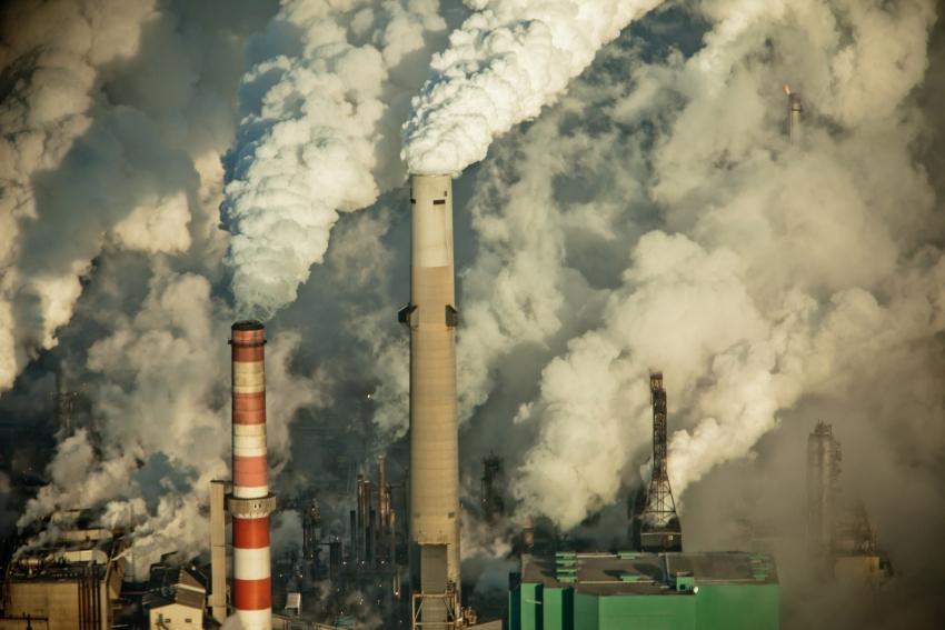 Alberta oil sands pollution - Kris Krug