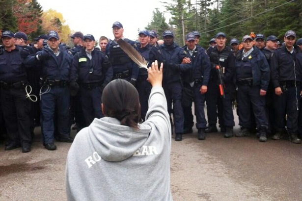 New Brunswick anti-frack clashes with Aboriginal protesters Ossie Michelin 2013