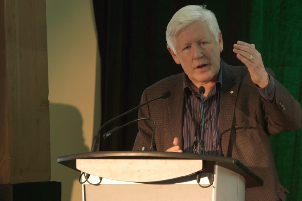 Bob Rae speaking in Fort McMurray