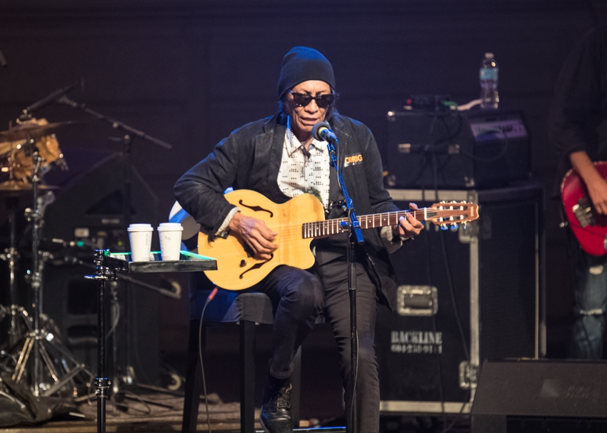 Sixto Diaz Rodriguez Brings Power To His Vancouver Fans Vancouver