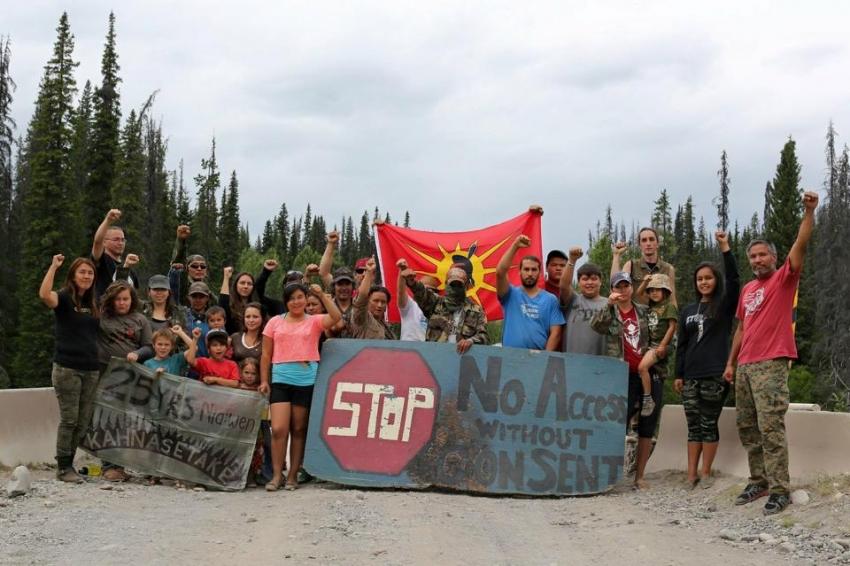 Unist'ot'en Camp, RCMP, pipelines, First Nations, Enbridge Northern Gateway