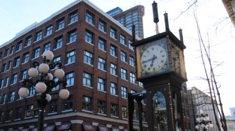 The Gastown steam clock is back