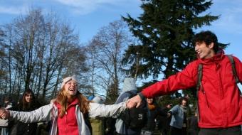 Kinder Morgan retreats from Burnaby Mountain, stops drilling