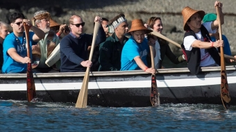 Prince William and Kate in a war canoe