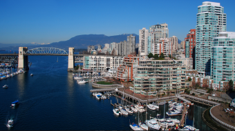 Vancouver sees record number of tourists in 2014