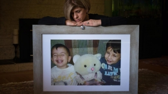 Tima Kurdi with a photo of her drowned nephews Alan and Galib