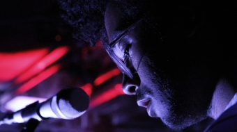Toro Y Moi at the mic