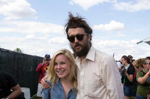 Alex Ebert poses with a lucky fan