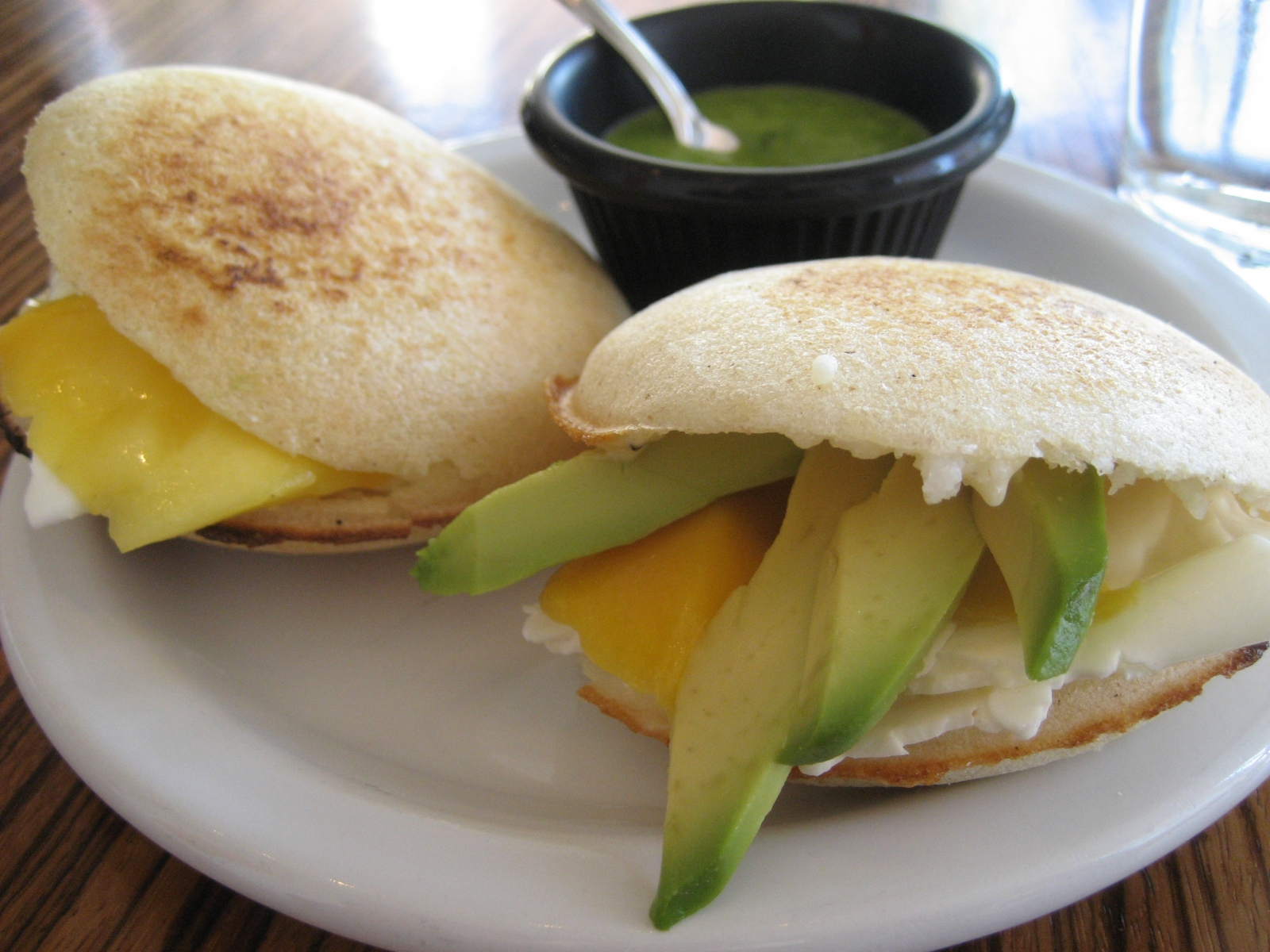 arepa is a national food of venezuela 26 traditional venezuelan foods that will make you go slurp posted on july 22, 2016 venezuelan cuisine is a culmination of diverse cuisines and owes its variety to a plethora of influences including west african, native american, italian, spanish, portuguese and french.