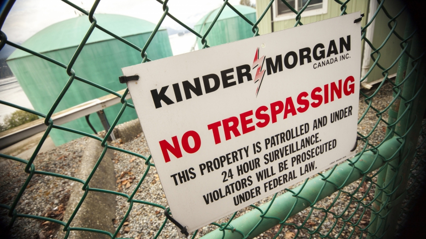 Kinder Morgan - Burnaby Westridge Terminal gate - Mychaylo Prystupa