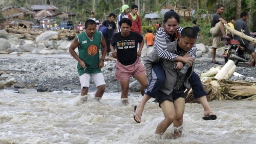 World's worst storm hits Phillipines