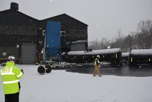 Canadian crude oil train car slams into metals building in Pennsylvania