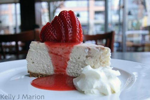 Gramercy Grill, Strawberry Cheesecake